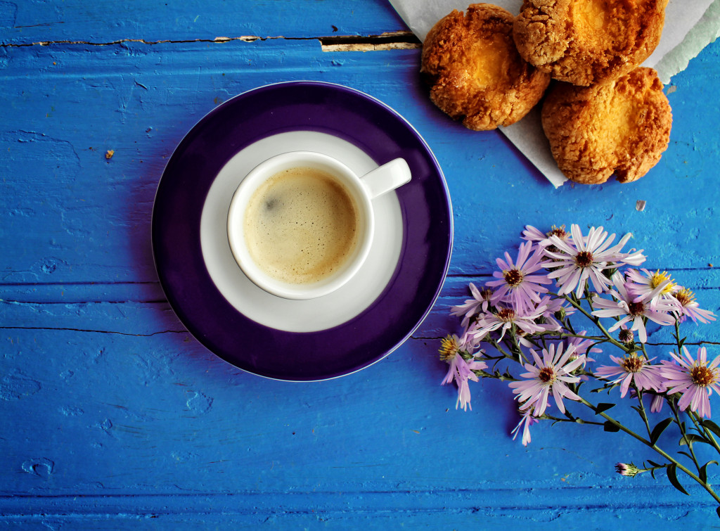 Morning glory - A delicious coffee and cookie breakfast at the farm